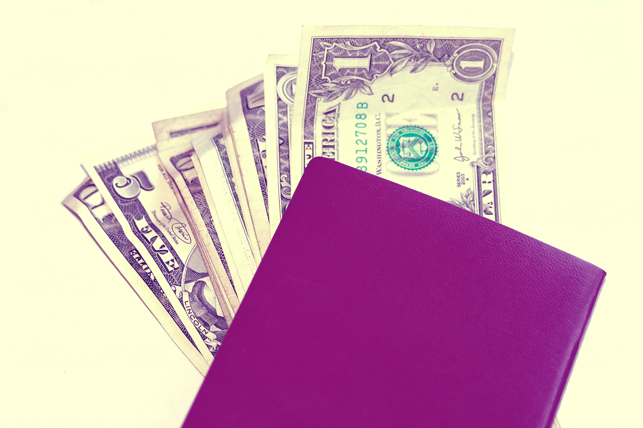 7 Secrets to Start Manifesting Money Today